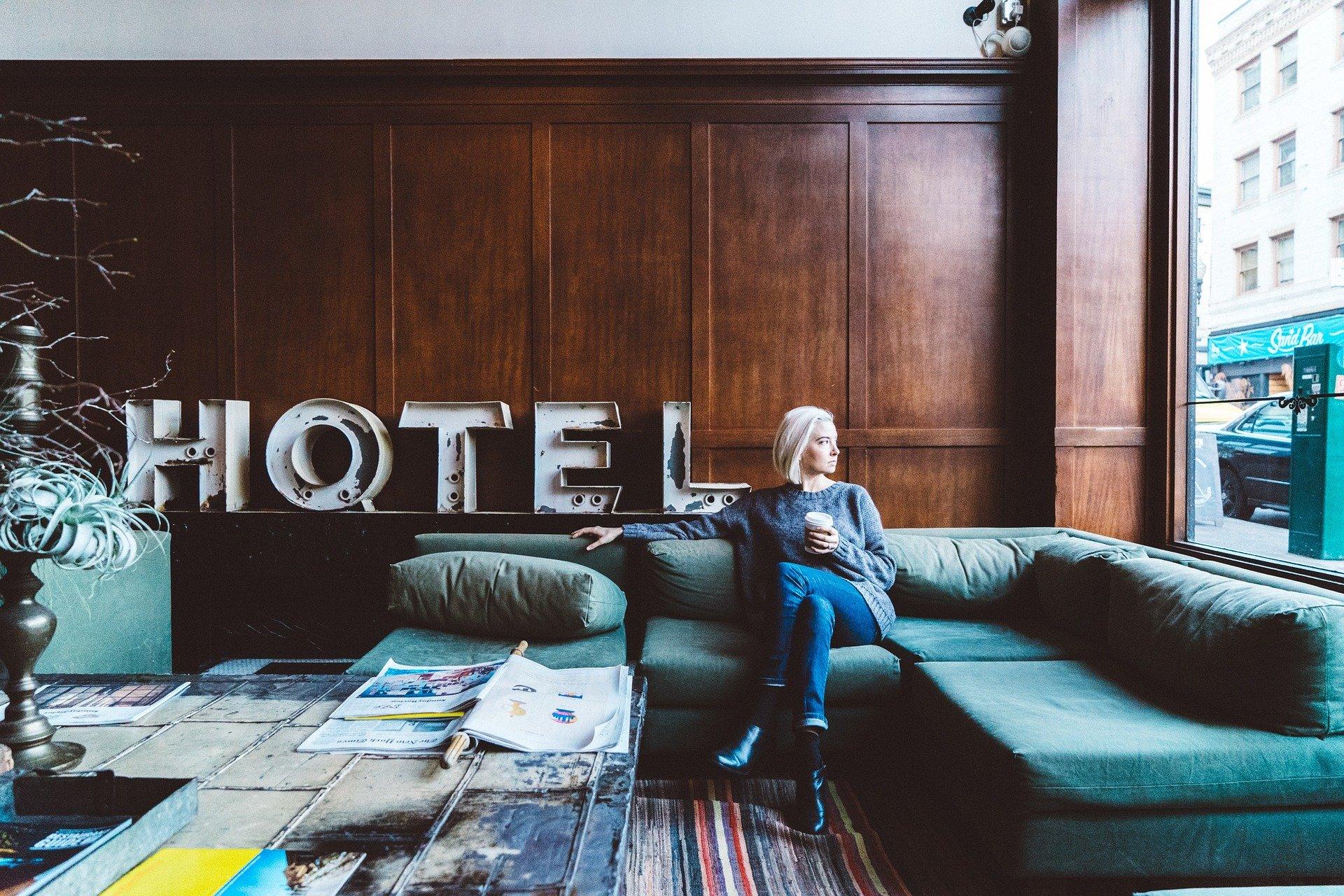 86 - Hotel